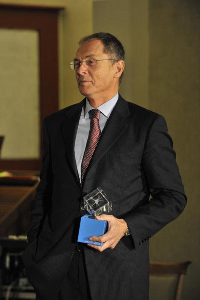 Jan švejnar, Laureát Ceny Neuron za přínos světové vědě 2012 (foto: www.nfneuron.cz)