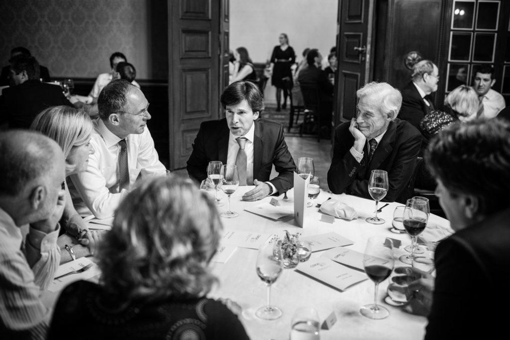 květen 2016, oslavy 25. výročí založení CERGE-EI, Magdalena Souček, Jan Švejnar, Andrew H. Schapiro, Christopher A. Sims