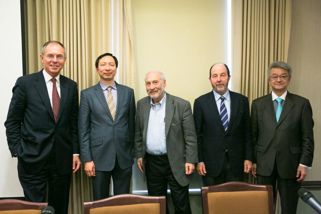 SIPA70: zleva doprava Jan Švejnar, Shang-Jin Wei, Joseph Stiglitz, Arminio Fraga a Takatoshi Ito
