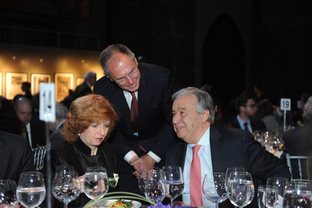 SIPA 70: děkanka Merit Janow (sedící vlevo), profesor José Antonio Ocampo, profesor Jan Švejnar, a generální tajemník OSN António Guterres (sedící vpravo)