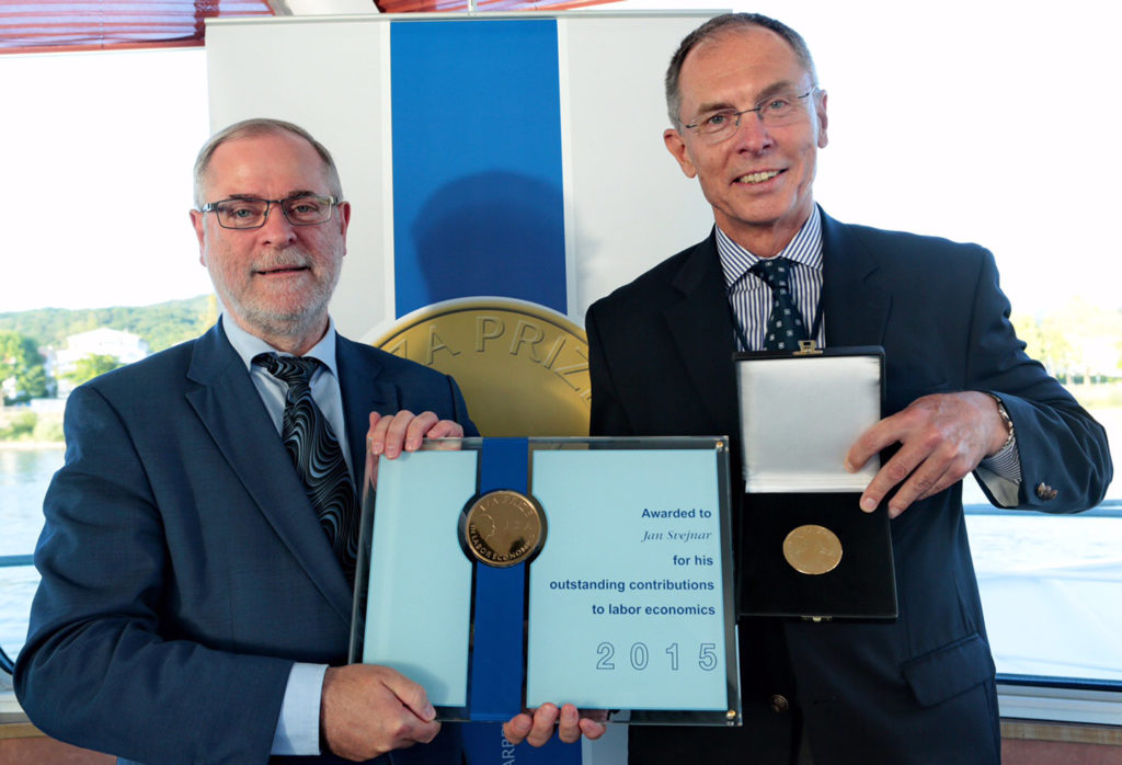 červen 2015, udělení ceny IZA, Bonn Německo, Klaus F. Zimmermann, Jan Švejnar